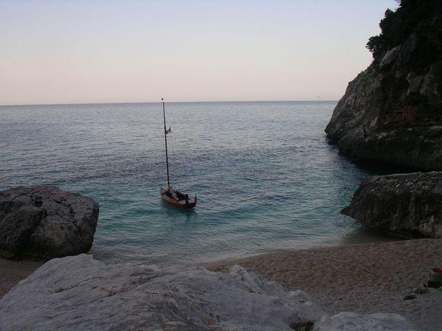 holzpirat org Sardinien  Cala Goloritze