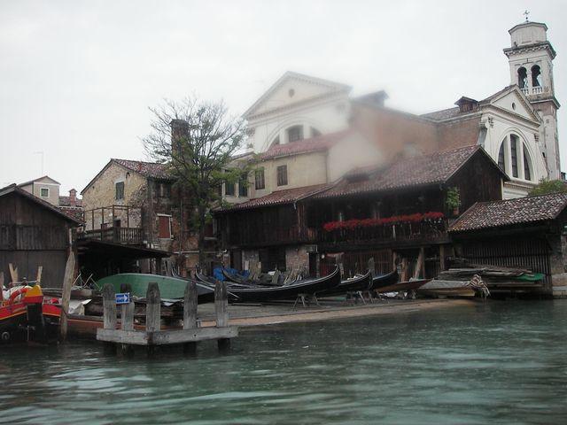 holzpirat org Venedig  Gondelwerft bei Bora