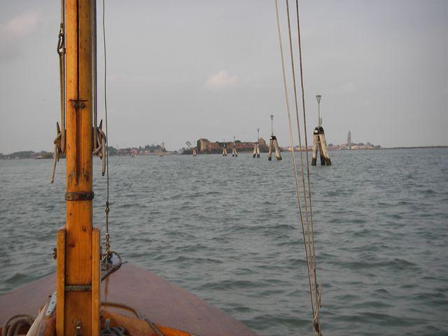 holzpirat org Venedig  Suche nach Schlafplatz