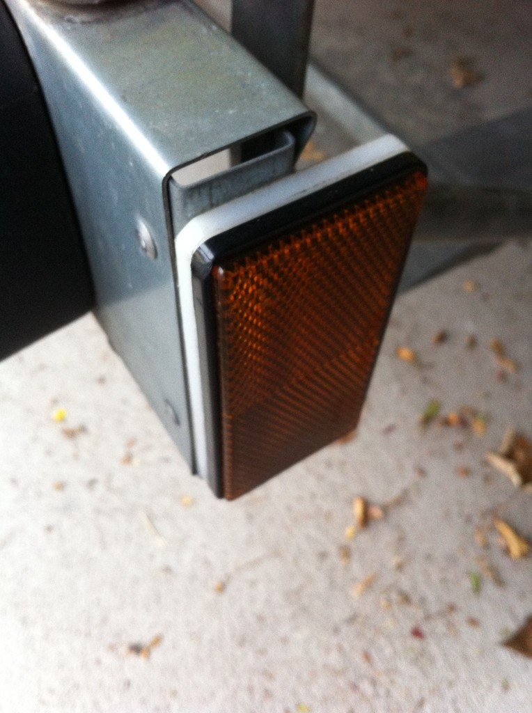 Katzenaugenhalter-Lichtleiste-MikeD-IMG_0686_small